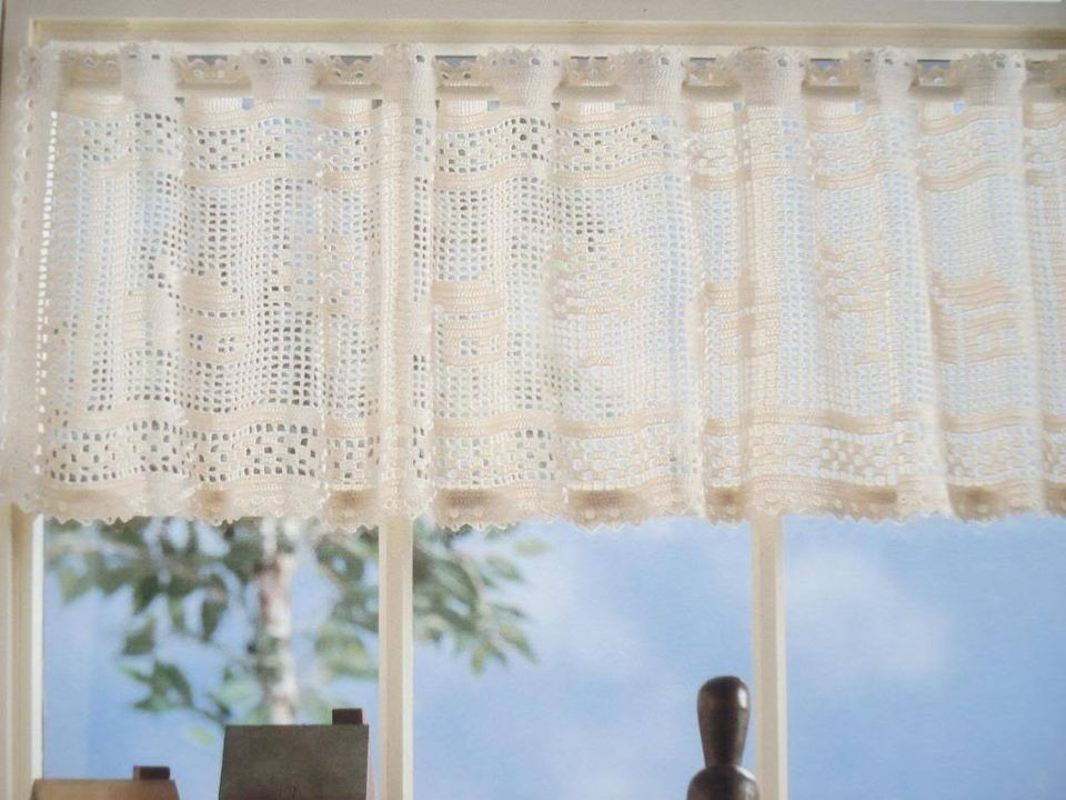 Window Charm Crochet Valance Pattern House Tree Motifs