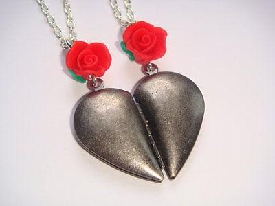 best friends split necklace in Necklaces & Pendants