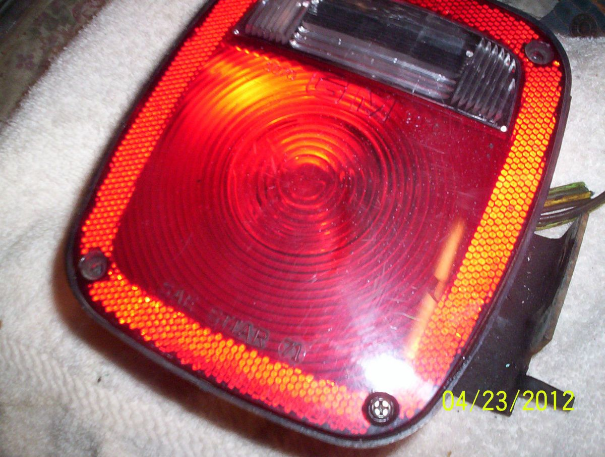 1973 1987 Chevy GMC Factory Stepside Truck Taillight RARE GM Logo