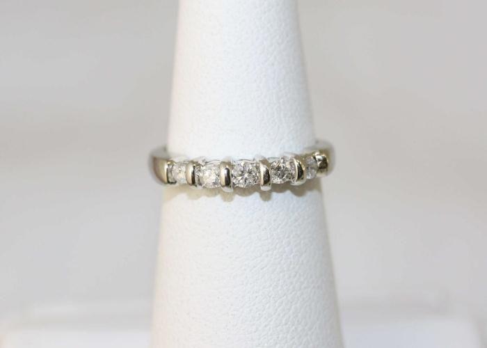 14k White Gold Diamond Keepsake Ring w C O A
