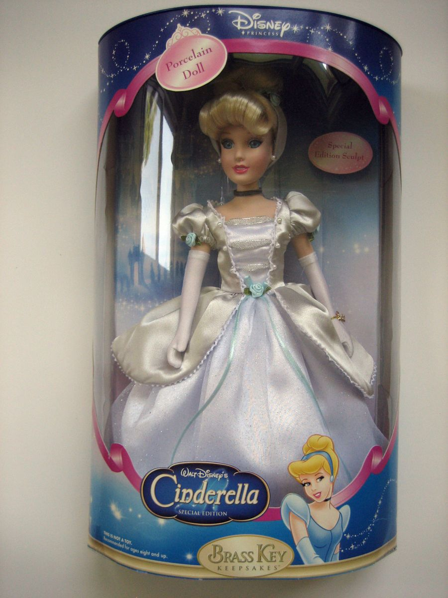 Disney Princess Cinderella Special Edition Brass Key Porcelain Doll