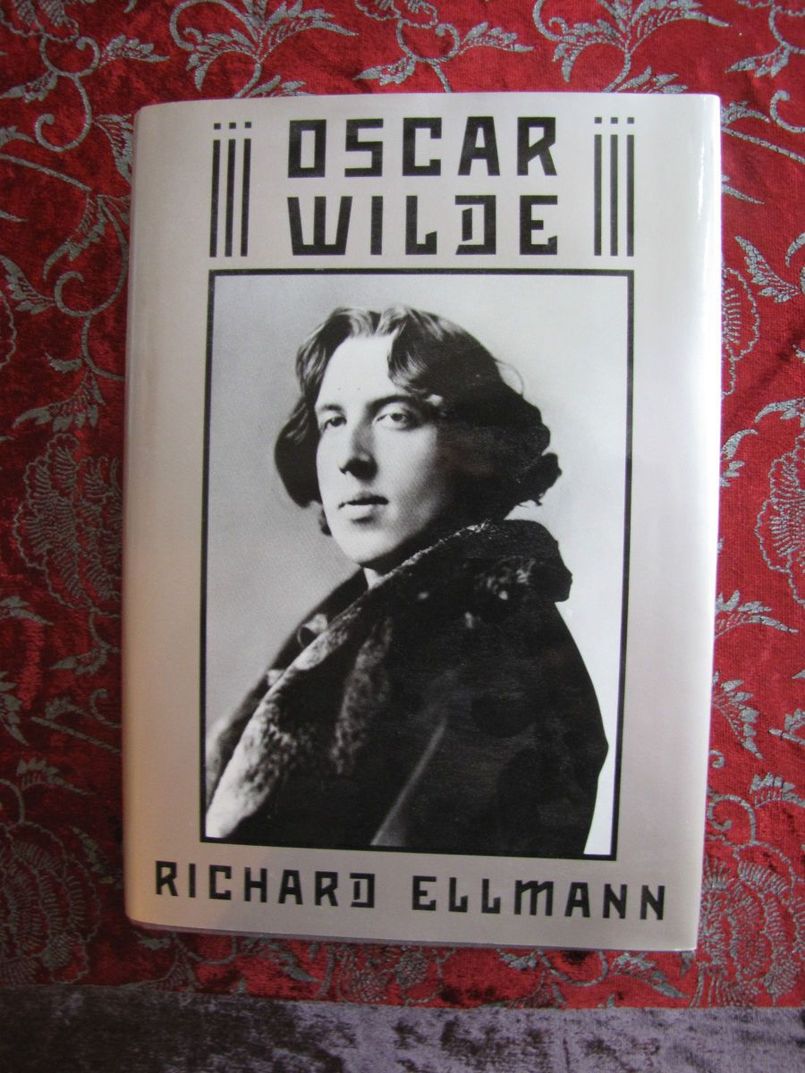 oscar wilde a collection of critical essays ellmann The book the artist as critic: critical writings of oscar wilde, oscar wilde is published by included in richard ellmann's impressive collection of wilde's.