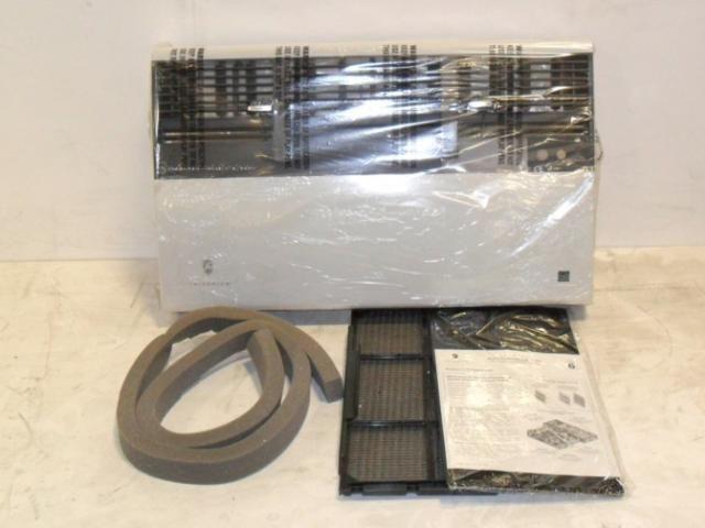 Friedrich 11,500 BTU Room Air Conditioner with Heat Pump YS12N33