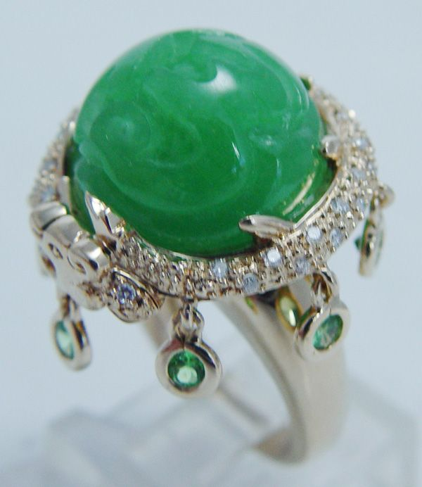 Estate Jewelry 14k Yellow Gold Carved Jade Diamonds Dangling Peridots