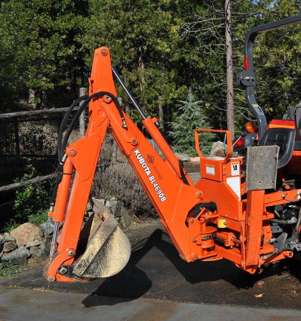 Kubota Backhoe Attachment : Kubota backhoe attachment bl b very low hours