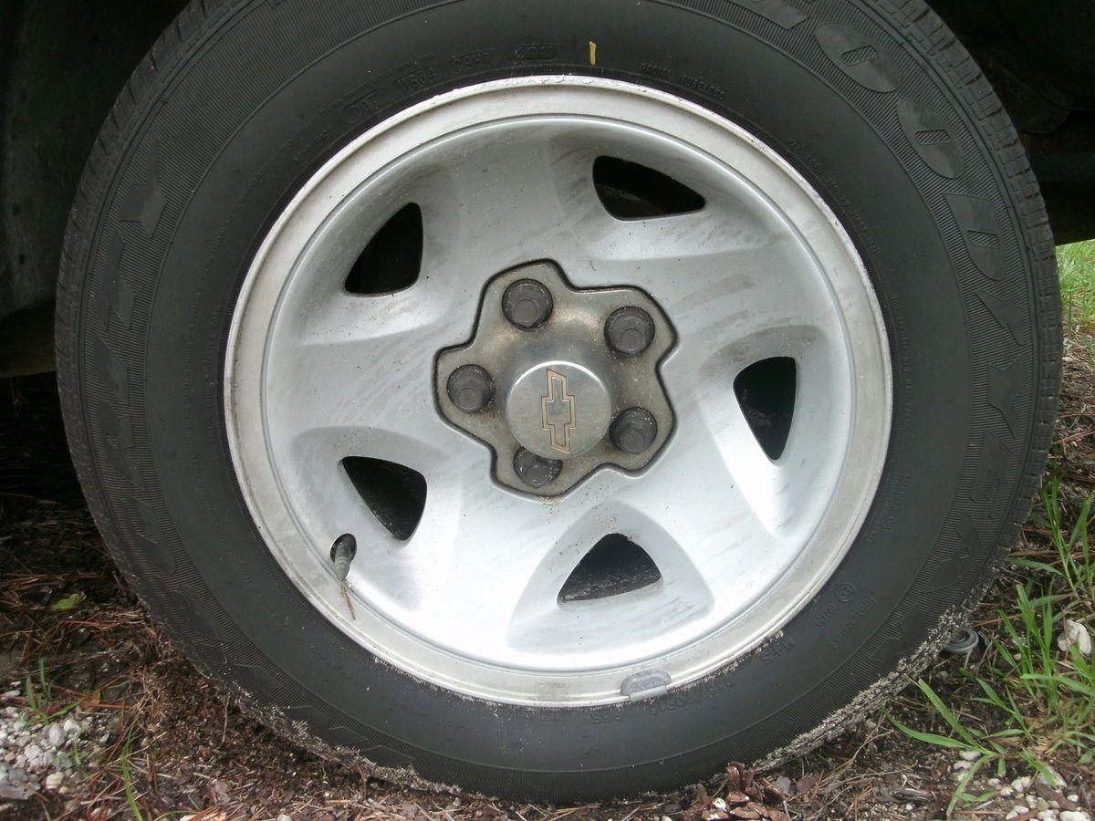 Aluminum Wheel 94 97 S10 S15 S10 Blazer S15 Jimmy Sonoma Hombre 1