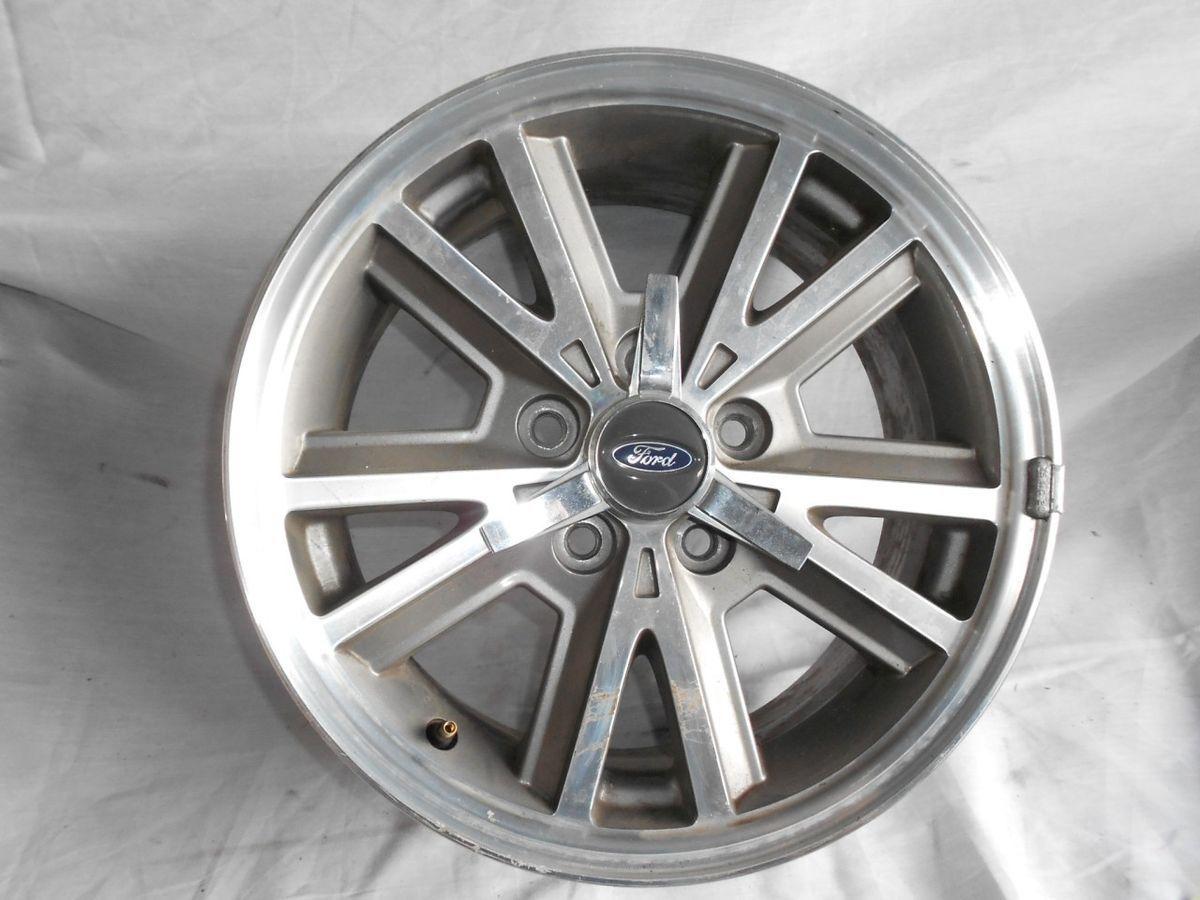 05 09 Ford Mustang Spoke Alloy Wheel Rim 16x7 w Center Cap Pony 4 4R33